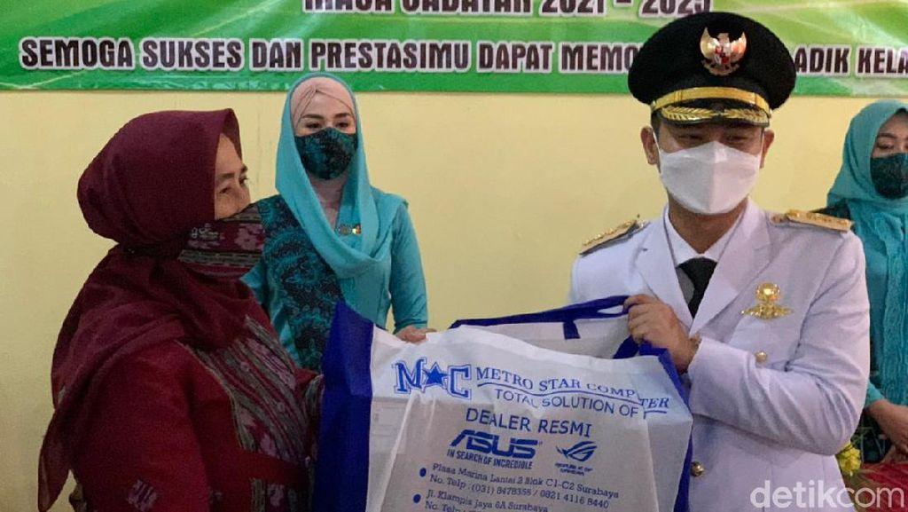 Usai Dilantik, Bupati Trenggalek Nur Arifin Nostalgia di SMA 6 Surabaya
