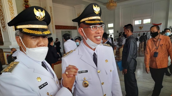 Bupati-Wakil Bupati terpilih Rejang Lebong, Syamsul Effendi dan Hendra Wahyudiansyah (Foto: dok. Istimewa)