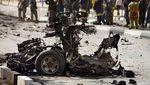 Foto-foto Bangkai Mobil Akibat Keganasan Perang