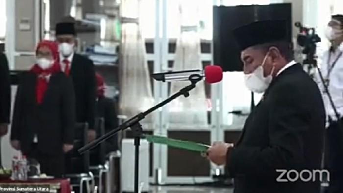 Gubsu Edy Rahmayadi melantik 5 kepala daerah di sesi kedua (screenshot YouTube Info Sumut)