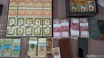 Ini Uang Asing Palsu Rp 2,8 T yang Diamankan Polisi di Banyuwangi