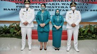 7 Gaya Kahiyang Ayu yang Resmi Jadi Ibu Pejabat, Pakai Ulos Hingga Baju PKK