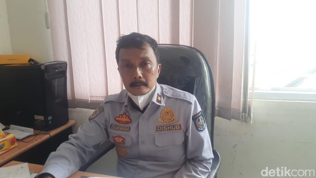 Kepala Seksi Ketertiban Lalu Lintas dan Ketertiban Jalan Dishub Depok, Sukmara Wirakusuma. (Afzal Nur Iman/detikcom)