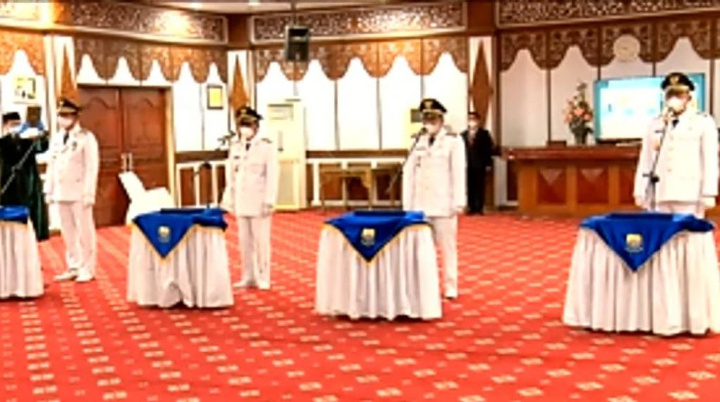 Pj Gubernur Jambi Lantik 2 Bupati Terpilih, Ingatkan untuk Tepati Janji