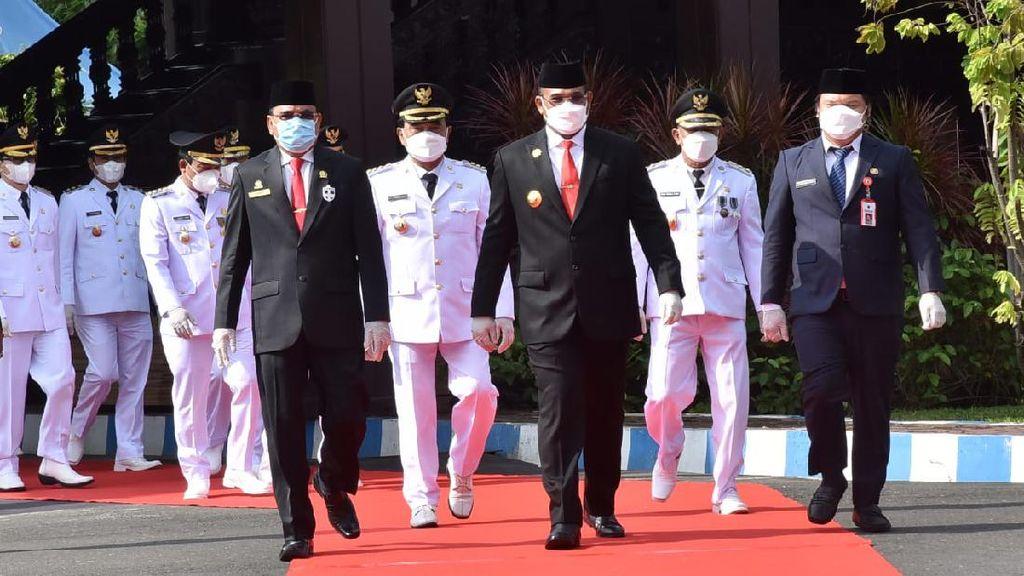 Lantik 5 Kepala Daerah Terpilih, Pj Gubernur Kalsel Pesan soal COVID-Banjir