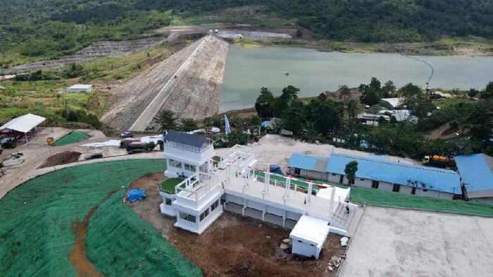 Bendungan Napun Gete di Kabupaten Sikka, Nusa Tenggara Timur (NTT) telah diresmikan oleh Presiden Joko Widodo pada Selasa (23/2) lalu. Begini potret bendungannya.