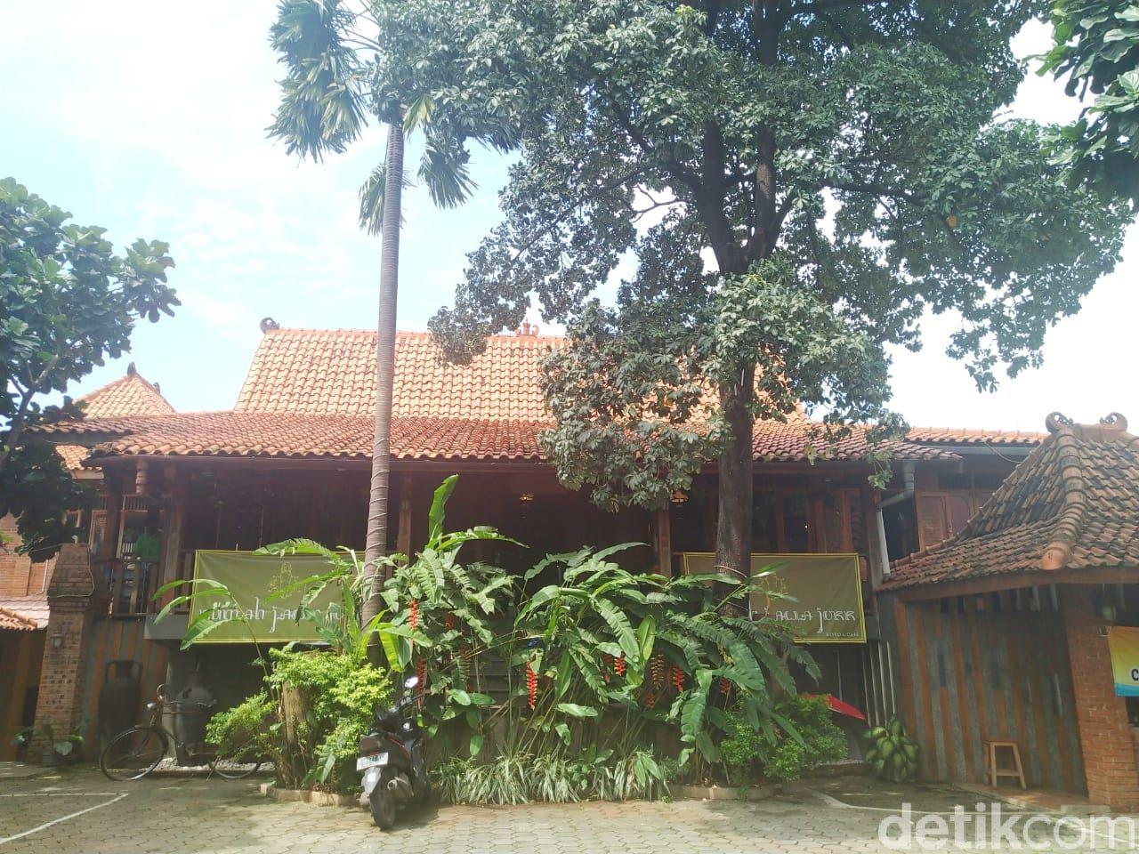 Rumah Jawa : Asem-asem Iga dan Nasi Gudeg Mlekoh Pengobat Kangen