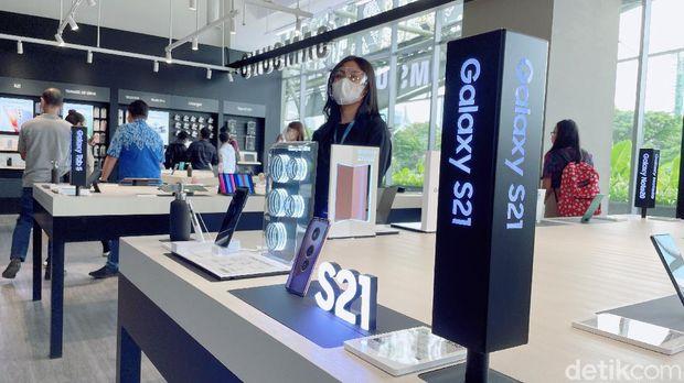 Samsung Multi-Experience Store pertama yang berlokasi di Senayan Park, Jakarta