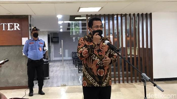 Sekjen DPR Indra Iskandar (Rolando/detikcom).