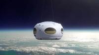 Bukan Roket, Balon Udara Ini Terbangkan Traveler ke Luar Angkasa