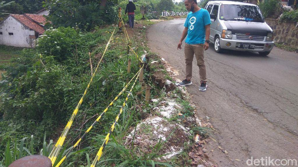 Warga Bandung Barat Ancam Blokade Jalan yang Rusak Dampak Proyek KCIC