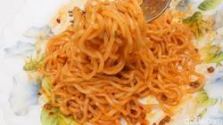 Terbaru! Mieghetti Mie Instan Rasa Spaghetti Bolognese, Enak Nggak Ya?