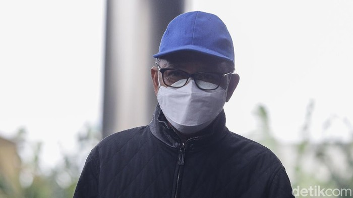 Gubernur Sulsel Nurdin Abdullah tiba di gedung KPK. Nurdin Abdullah sebelumnya terjaring operasi tangkap tangan (OTT) KPK.