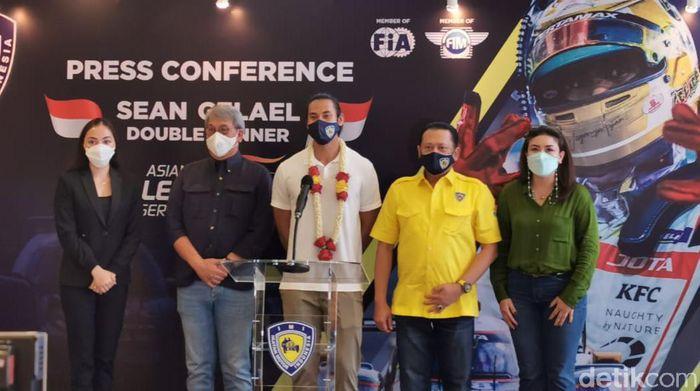 Sean Gelael bertemu Ketua IMI Bambang Soesatyo