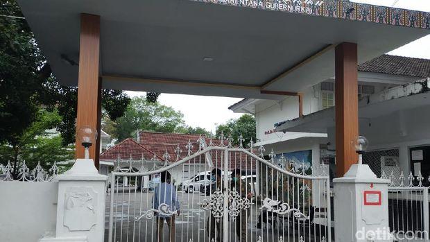 Suasana Rumah Jabatan Gubernur Sulsel pasca OTT KPK.