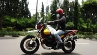 Test Ride Moto Guzzi V85TT: Moge Segala Medan Rp 645 Juta, Susah Dikendalikan?