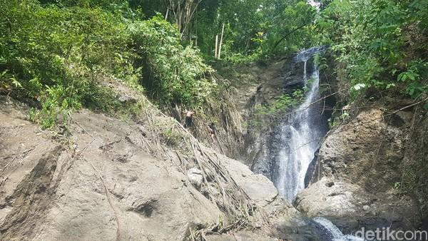 Lokasinya berjarak sekitar 100 meter dari sisi jalan Trans Sulawesi.(Abdy Febriady/detikcom)