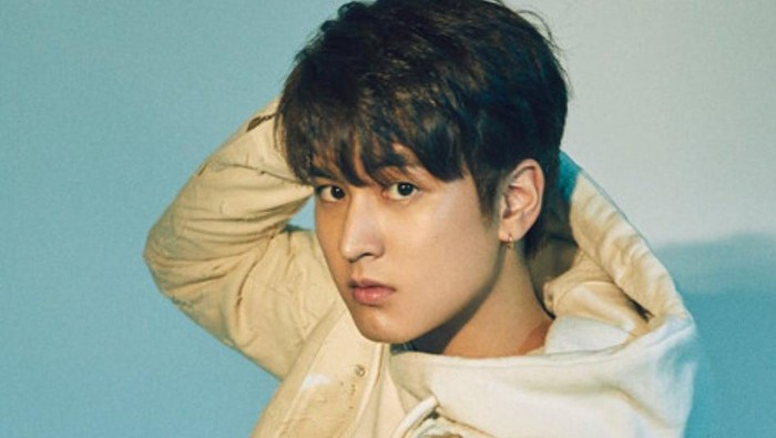 Chanwoo iKON memulai kariernya sebagai artis cilik sebelum debut jadi idola K-Pop.