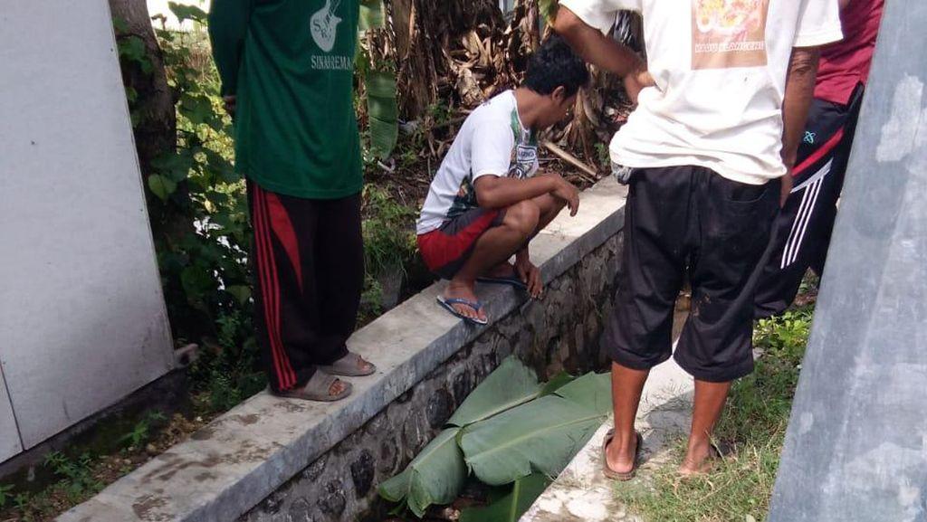 Dikira Saluran Air Mampet karena Sampah, Warga Ponorogo Temukan Mayat Membusuk