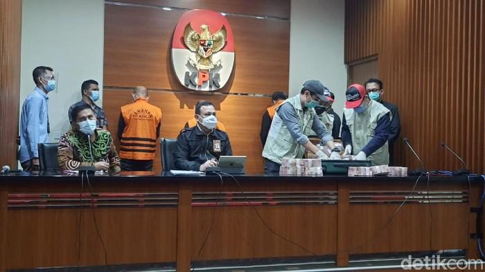 Jumpa pers di KPK terkait OTT Gubernu Sulsel Nurdin Abdullah