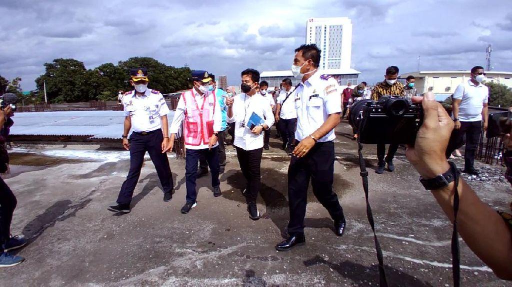 Menhub Cek Layanan KRL Jogja-Solo yang Akan Diresmikan Jokowi Besok