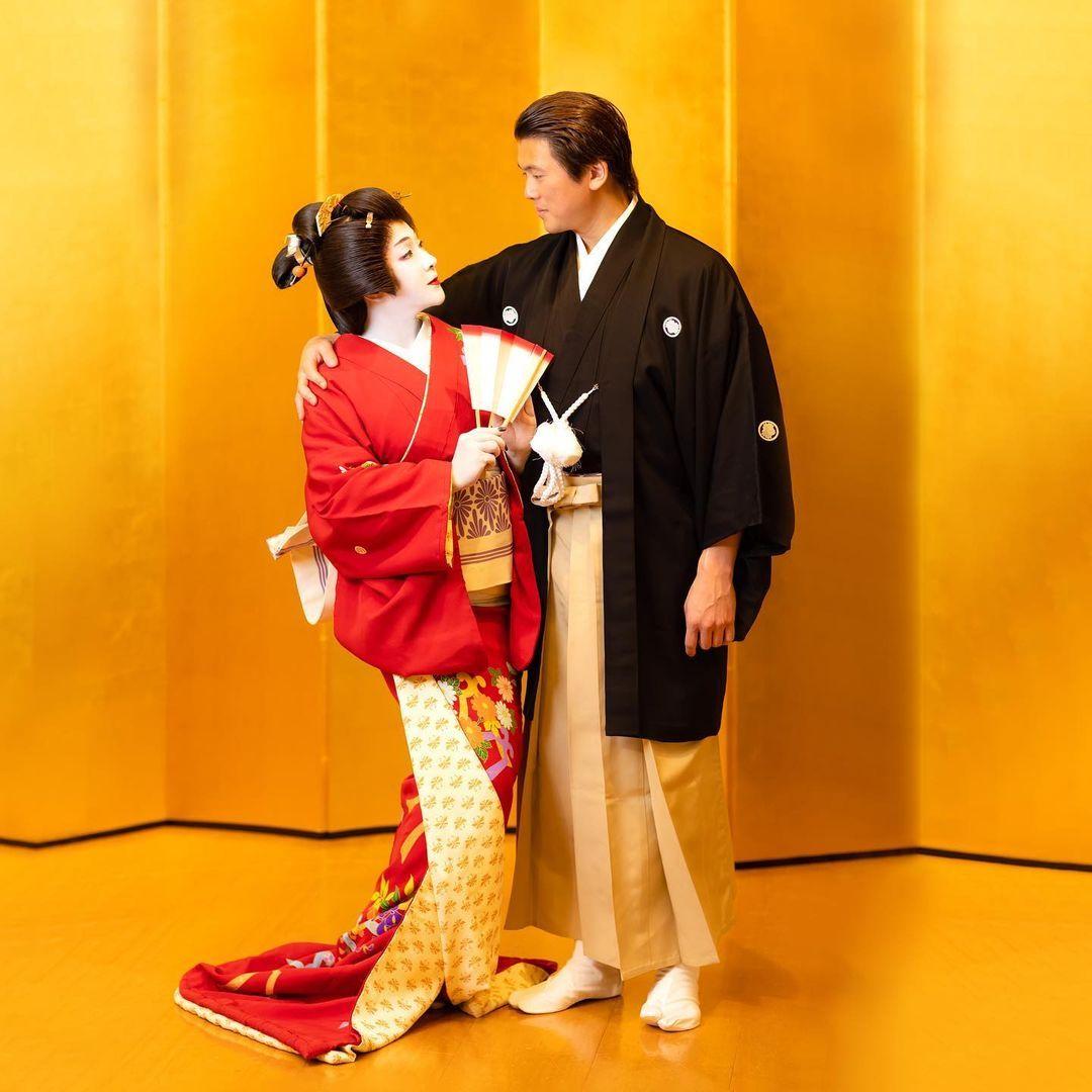 Syahrini Dandan Ala Geisha di Ulang Tahun Pernikahan ke-2 dengan Reino Barack