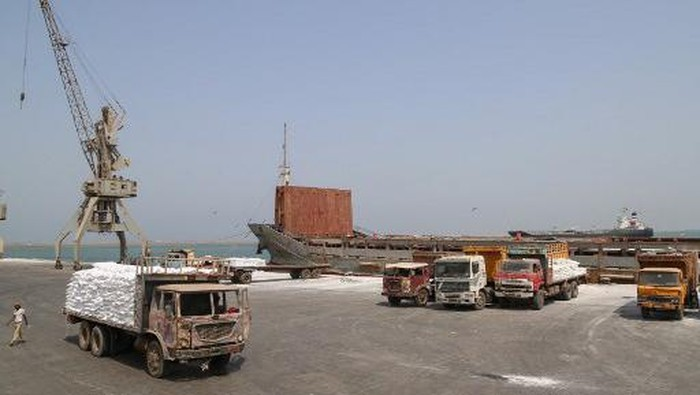 A picture taken on June 25, 2019 shows food aid shipments from the World Food Programme (WFP) in the Yemeni port city of Hodeida. - The escalation of attacks by Iran-aligned Huthi rebels on Saudi cities threatens a hard-won UN-sponsored ceasefire deal for the Red Sea port city of Hodeida, war-ravaged Yemens main conduit for humanitarian aid. (Photo by - / AFP)
