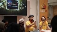 Raih Gold Play Button, Raja IT Bagi-bagi 1.000 Box Nasi & Masker Kain