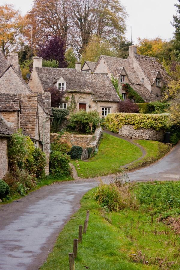 Desa ini terkenal sebagai yang paling cantik di Inggris. (Getty Images/iStockphoto)