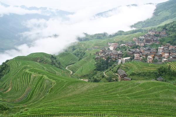 Desa ini sudah ada sejak abad ke-12 dan dibangun di lereng gunung setinggi 1.100 mdpl. (Getty Images/iStockphoto)