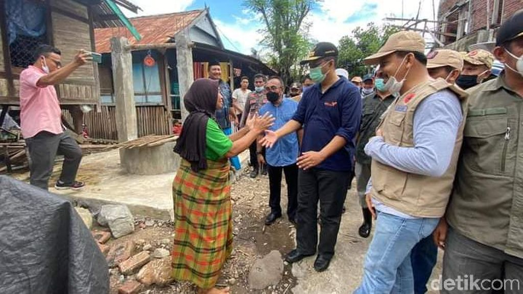 Tinjau Banjir Bandang di Dompu, Gubernur NTB Minta Warga Waspada Bencana
