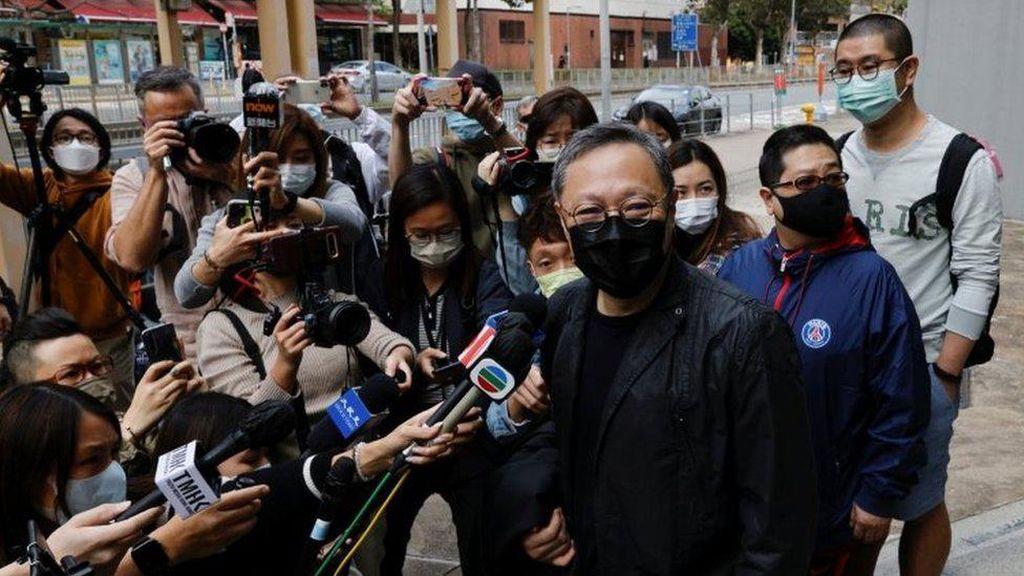 Pembebasan 11 Aktivis Hong Kong yang Dituduh Terlibat Subversi Ditunda