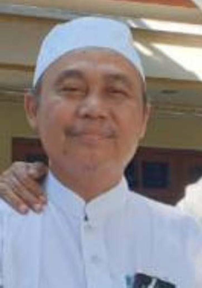 Katib Syuriah PWNU Jatim Drs KH Syafrudin Syarif