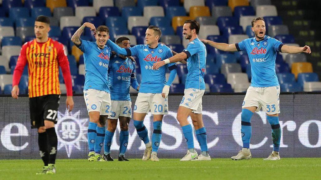 Napoli Vs Benevento: Partenopei Menang 2-0