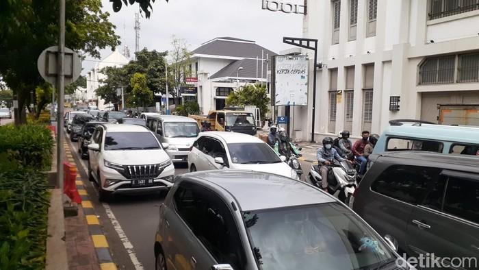 Macet LEZ Kota Tua, Jakarta, 1 Maret 2021. (Afzal Nur Iman/detikcom)
