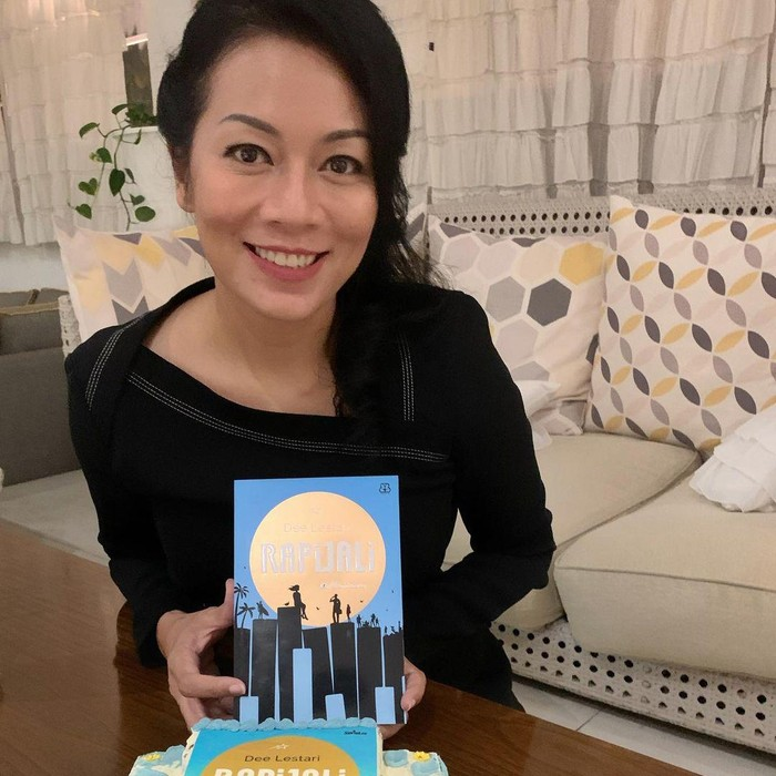 Novel Rapijali Karya Dee Lestari