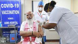 PM India Disuntik Vaksin Corona Buatan Dalam Negeri
