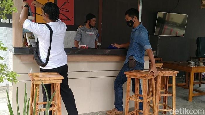 Polsek Pekalongan Selatan yang viral gegara dikira kafe, Senin (1/3/2021).
