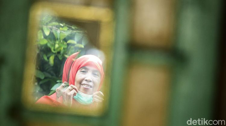 Potret Wanita Tangguh Penjual Jamu di Bantul