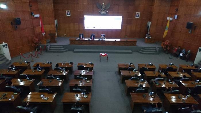 Rapat Paripurna Usulan Pemberhentian Ketua DPRD Kota Cilegon