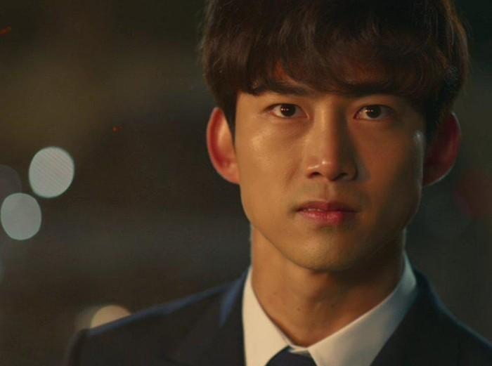 Ok Taecyeon di drama Korea Vincenzo. Foto: Dok. tvN