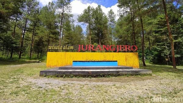 Tiket masuk menuju Jurang Jero sebesar Rp 10.000. Untuk tarif Jeep jarak dekat Rp 200.000, sedangkan tarif jauh Rp 450.000. (Eko Susanto/detikcom)
