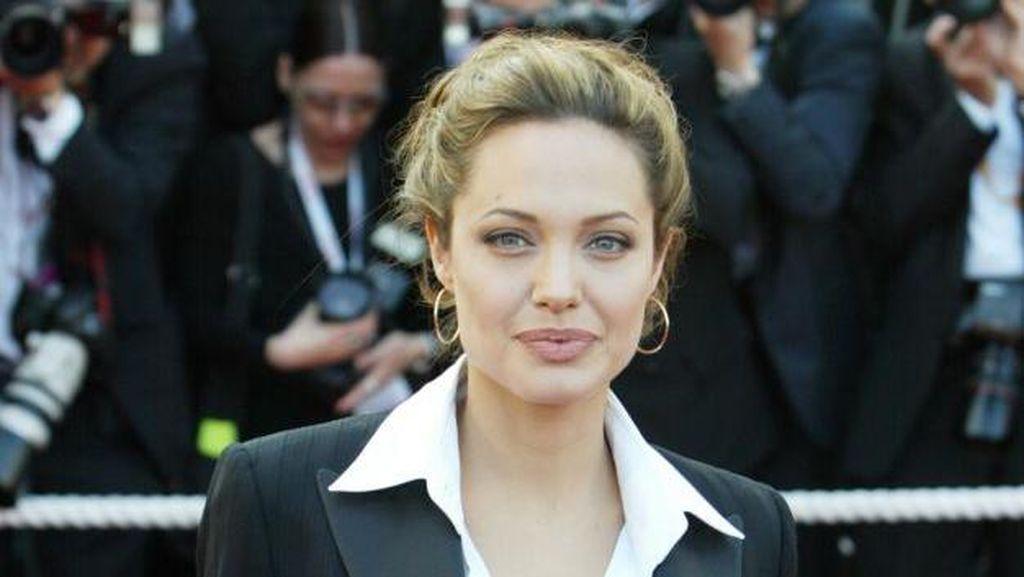 Angelina Jolie Ungkapkan Ketertarikannya Main di Film Korea