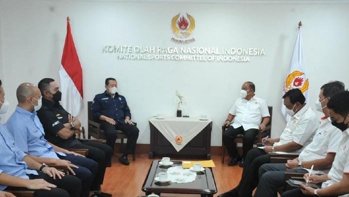 Ketum PP IMI Bambang Soesatyo bertemu Ketum KONI Pusat MArciano Norman.