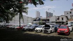 PPnBM Nol Persen Berlaku, Pedagang Mobil Bekas Pasrah