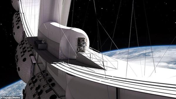 Voyager Station ini akan menjadi lingkaran besar dan berputar untuk menghasilkan gravitasi buatan yang akan diatur pada tingkat yang sama dengan gravitasi yang ditemukan di permukaan bulan.