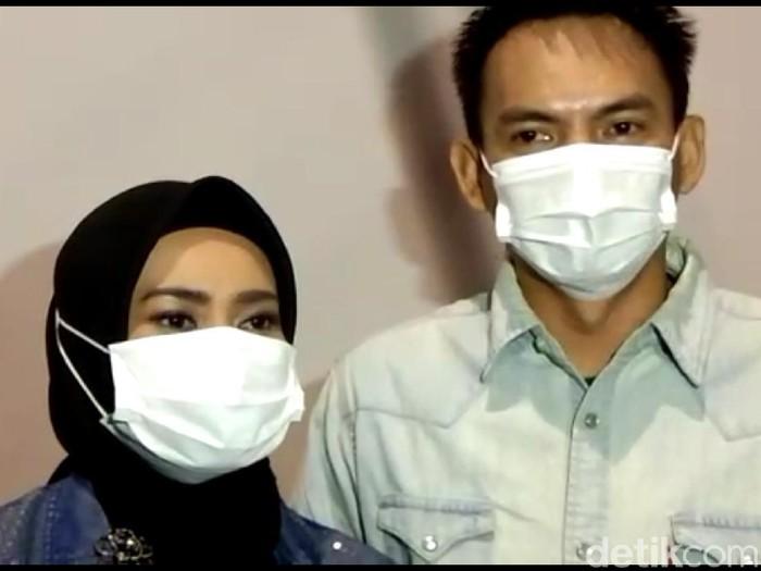 Ikke Nurjanah dan Karlie Fu
