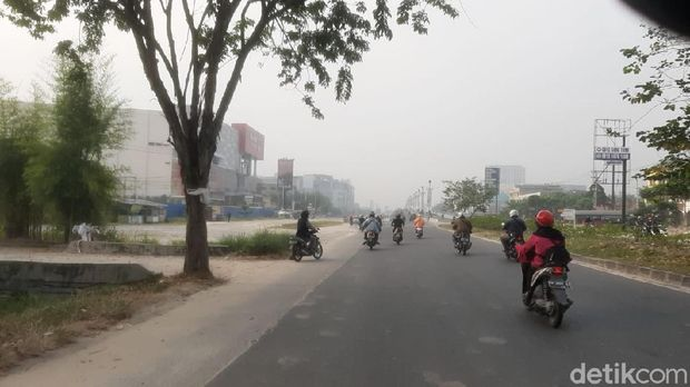 Kabut di Pekanbaru (Raja Adil/detikcom)