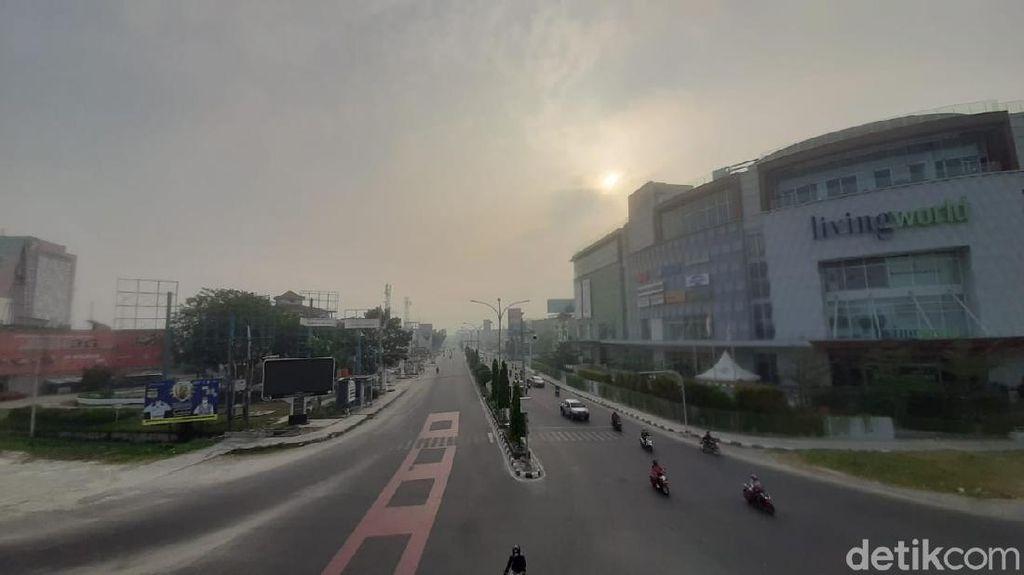 Langit Pekanbaru Berkabut dan Bau Asap, Ini Kata BMKG