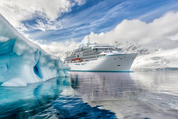 Skor maksimum yang bisa diperoleh perusahaan pelayaran adalah 4511, yang kemudian diterjemahkan menjadi sebuah persentase dari angka 100. Crystal Cruises memiliki persentase 77,8%, melakukan pelayaran ke 818 lokasi berbeda dan menawarkan 2.000 kunjungan berbeda (Foto: Crystal Cruises)